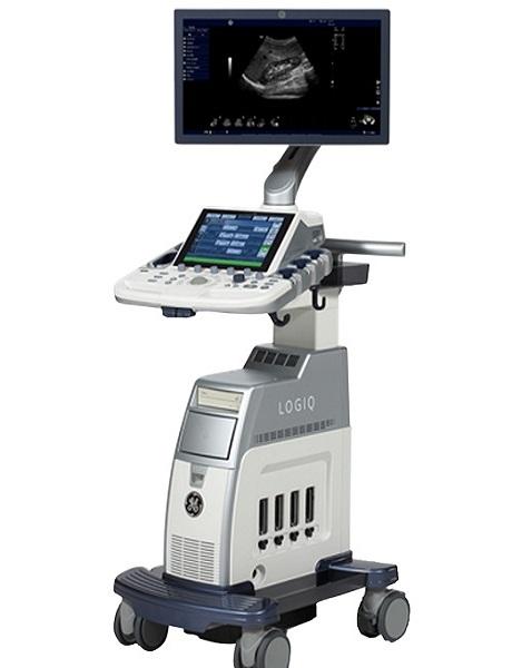 新しい超音波検査機器です。心臓の動きの把握や内臓の検査に主に使いますが、最近では肺の状態把握や靱帯などの整形外科分野でも使用頻度が増えています。